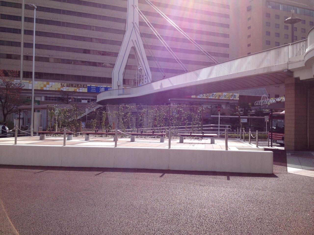 カナディアンスクエア広場
