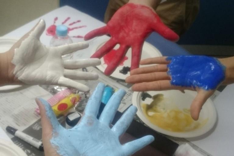 手形アート 手