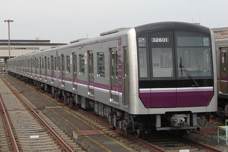 800px-Osaka_Subway_32601F_20090918