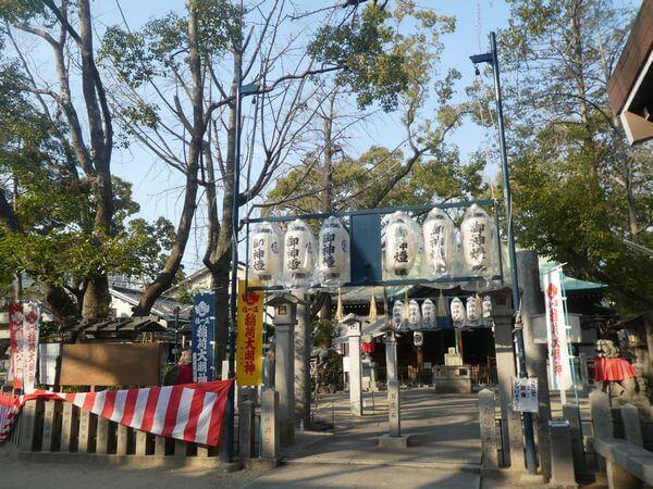 土居の商店街の守居神社で稲荷大祭